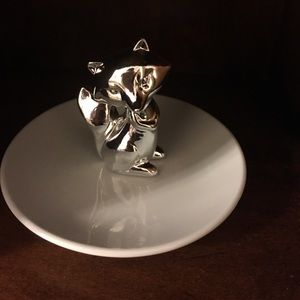 Adorable silver fox ring holder/dish